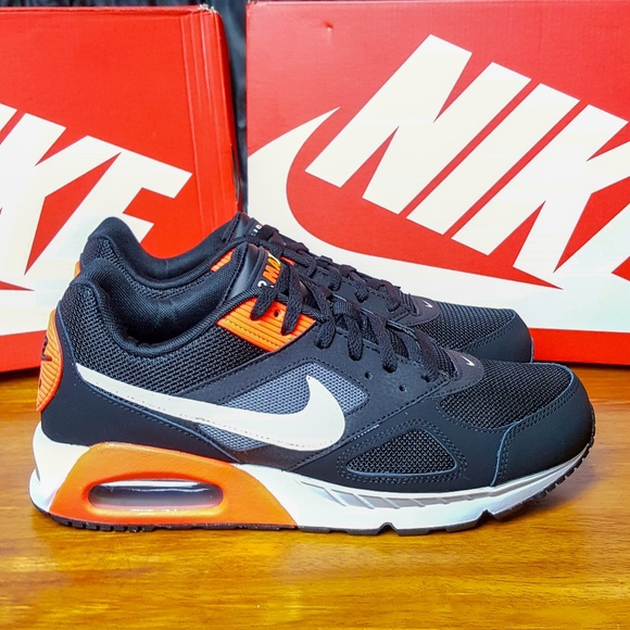 5e998be6dc Nike Shoes | Air Max Ivo Black 580518016 Infrared Runner | Poshmark